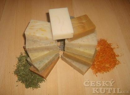 Přírodní bylinková mýdla