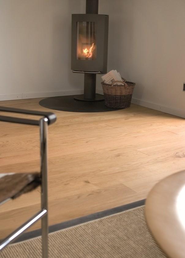 Podlaha šroubovaná na dřevěný rošt