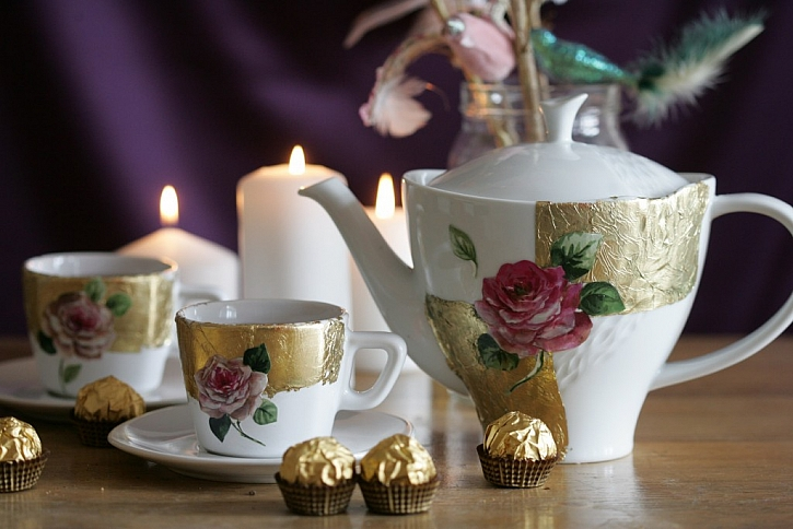 Zlatý porcelán