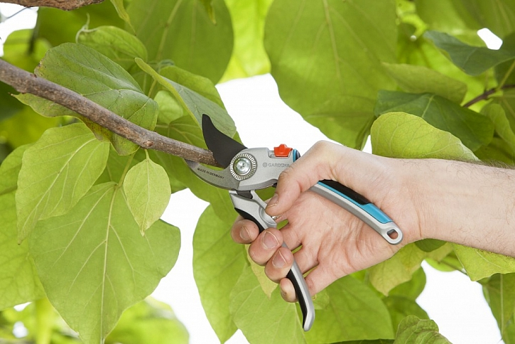 Hliníkové zahradní nůžky B/L zajistí velmi přesný střih a maximální pohodlí