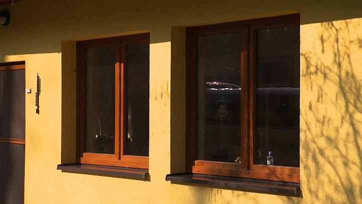 Jak si poradit s okny na chalupě (Zdroj: archiv FTV Prima)