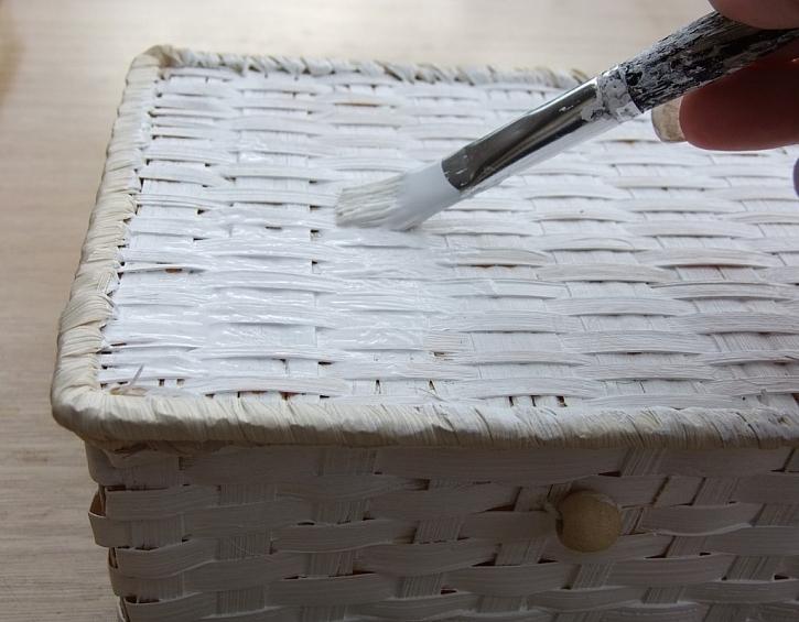 Zdobení truhličky - technika zažehlení ubrousku