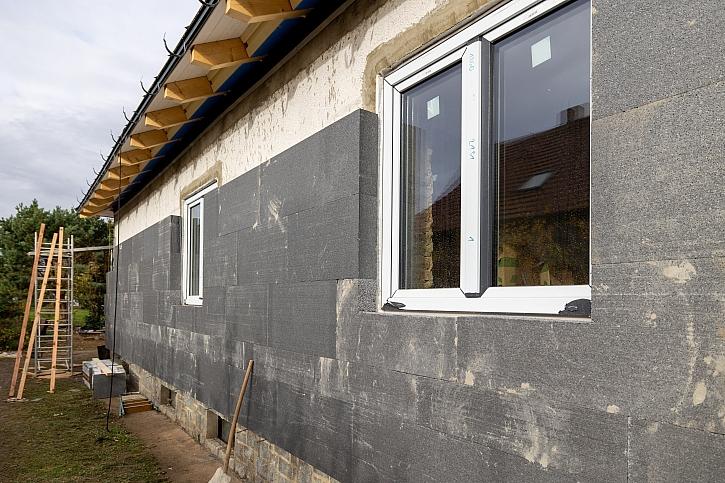Instalace zateplení na fasádu (Zdroj: Prima DOMA)