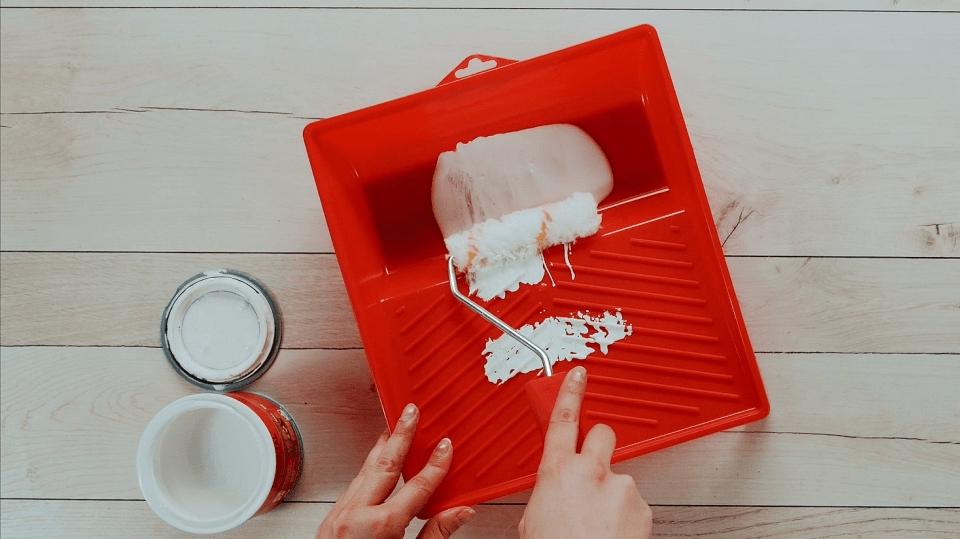 2 prima tipy, jak si zjednodušit úklid po malování bytu