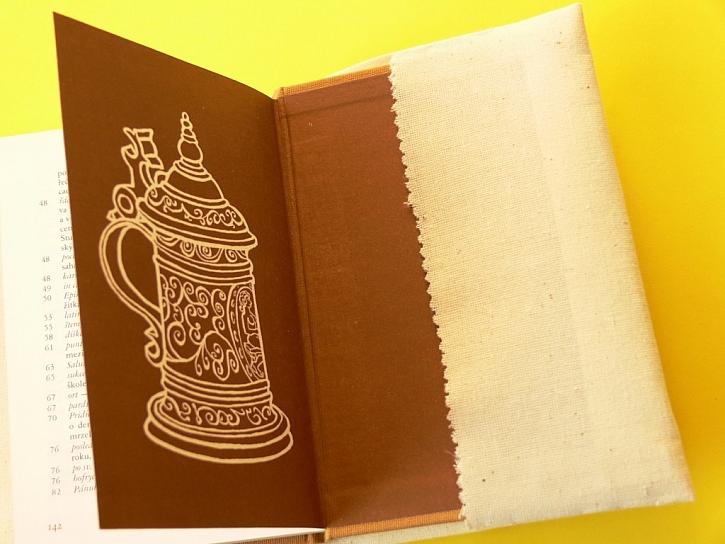 Obal na knihu - Francouzský uzlík a plochý přesahovaný steh