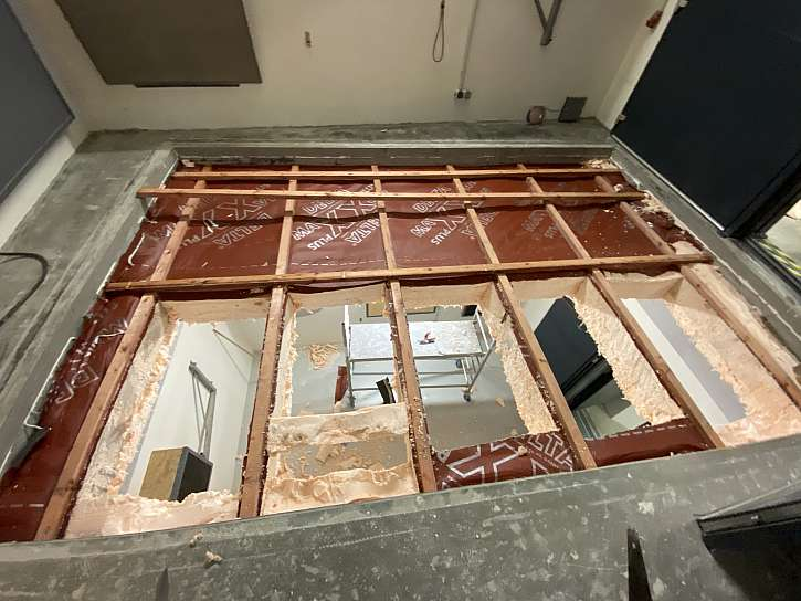 model strechy test PUR a vata akustika