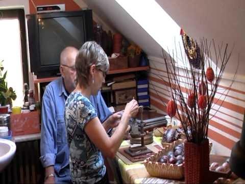 Malování tradičních kraslic