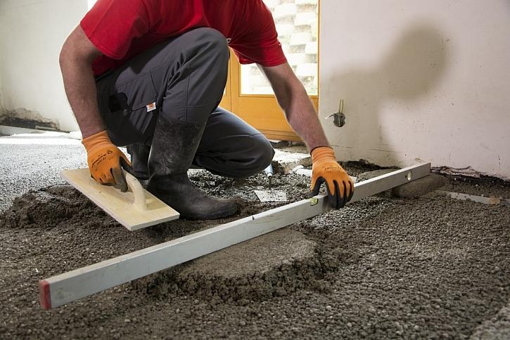 V průběhu realizace hlídáme rovinatost lehkého betonu.