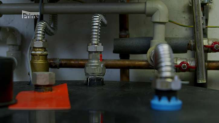 Přívodní a rozvodní potrubí.