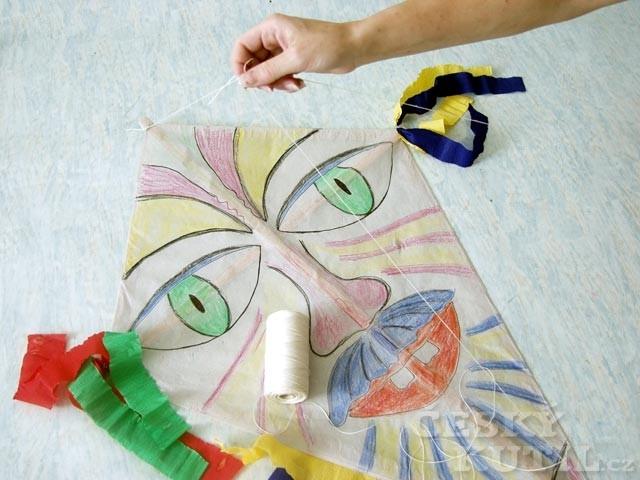 Jak vyrobit papírového létajícího draka