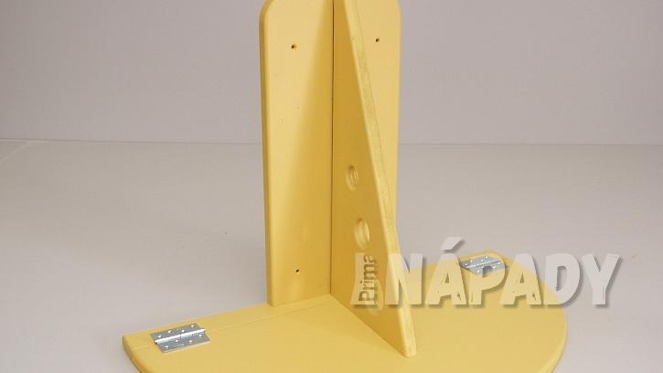 Sklopný stolek na balkon DIY: na vyznačené místo připevníme silnější panty