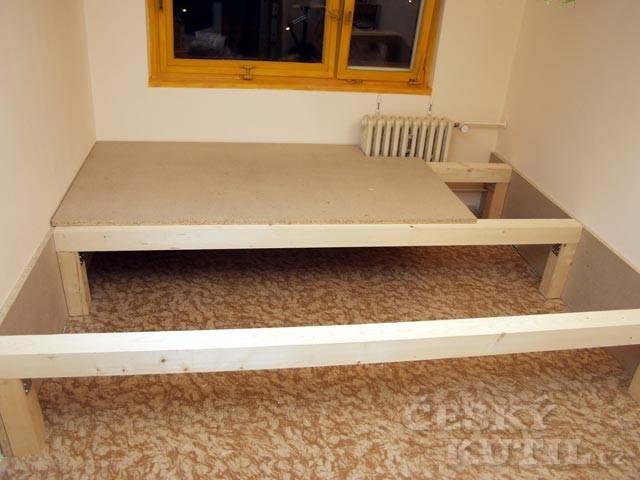 Jak vyrobit zvýšenou postel?