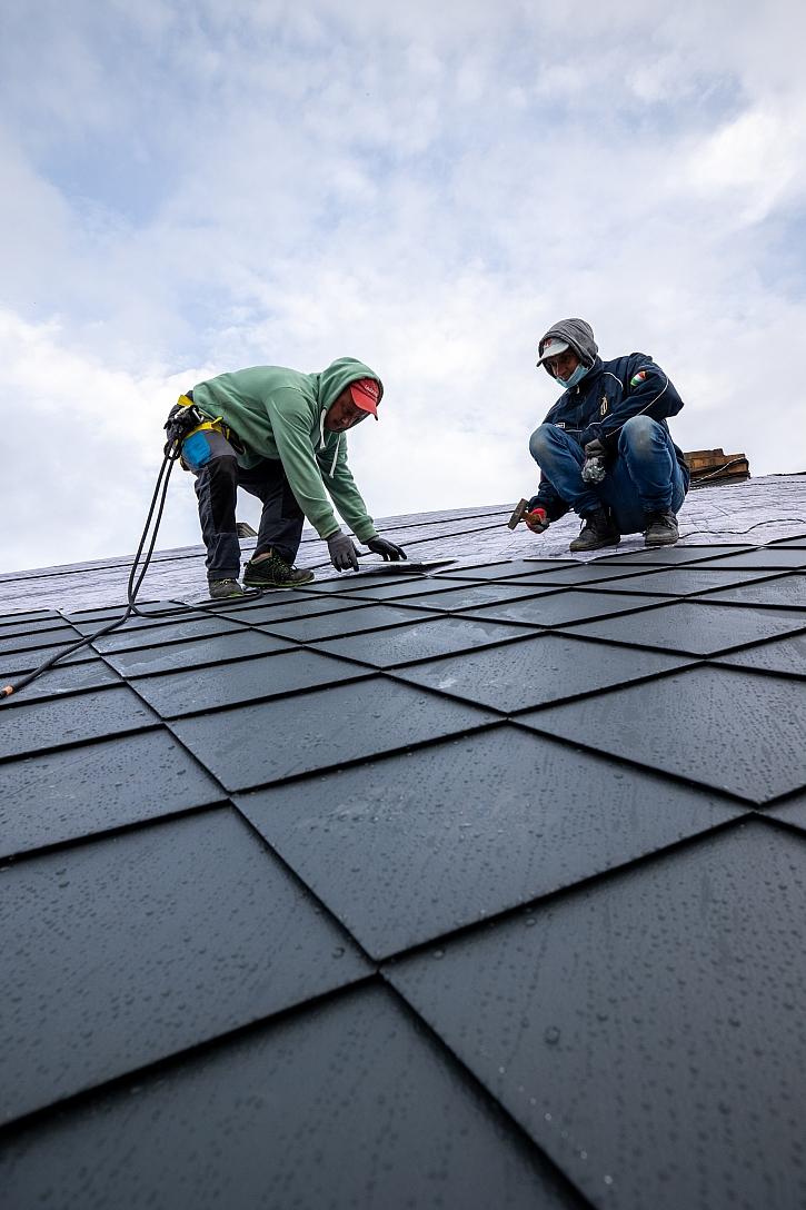 Pokládka střechy1