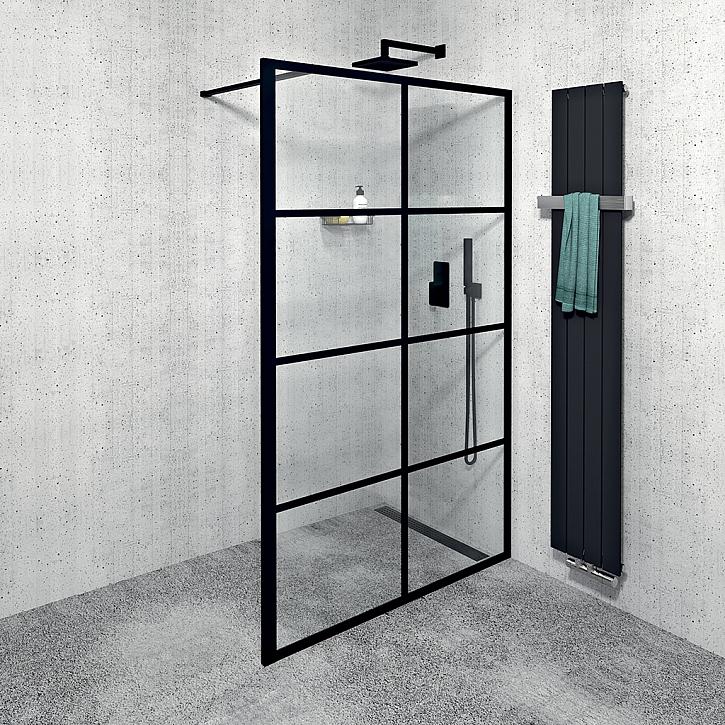 Sprchová zástěna v koupelně