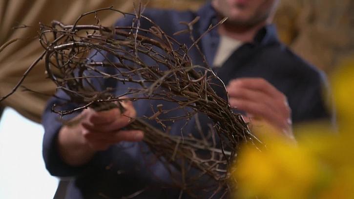 Jak vyrobit stylový velikonoční věnec