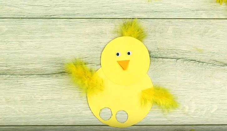 Velikonoční kuřátko: Prstový maňásek pro děti 1