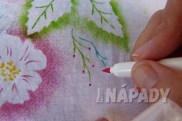 Rozkvetlé tričko aneb Pohrajte si s foukacími fixy 10