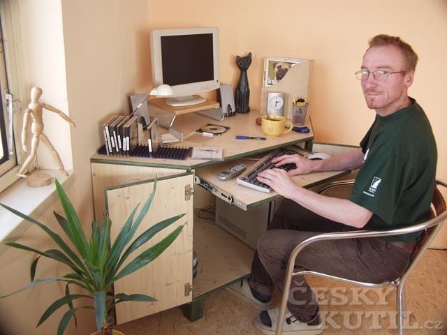 Počítač ve skříni – 1. díl