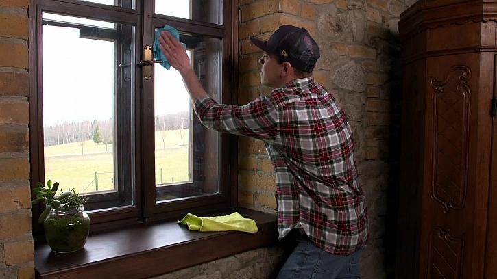 Recept na čistič na okna bez kapky chemie