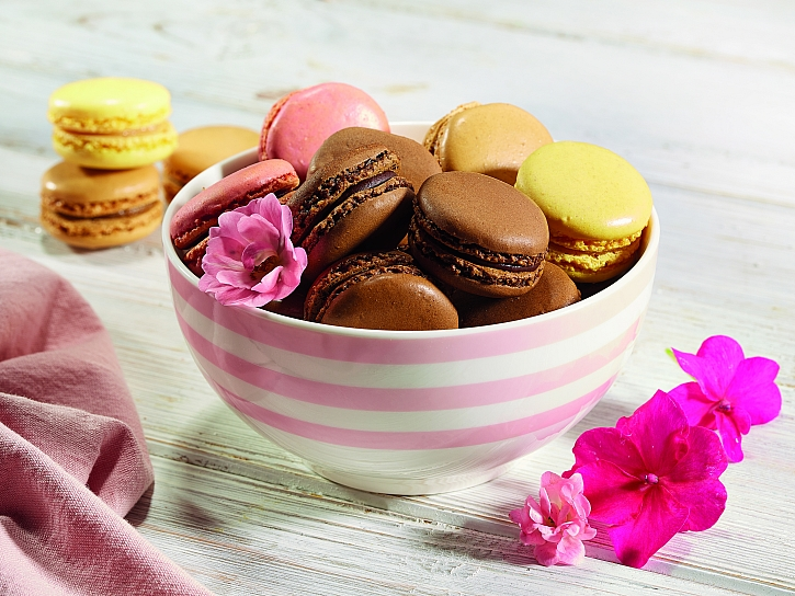 n042_macarons_final