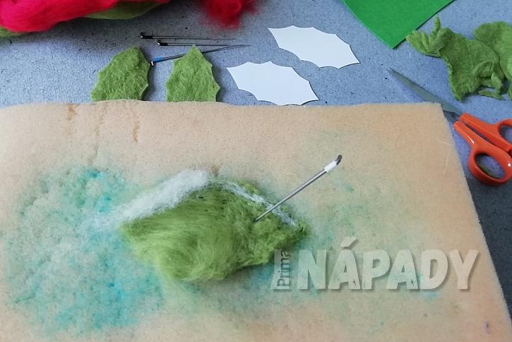 Plstěná brož na zimní kabát: suché plstění