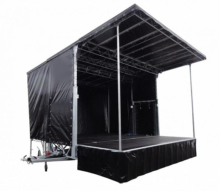 Mobilní pódium - spolehlivé řešení pro všechny kulturní i společenské akce