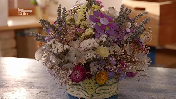 Dekorace ze sušených zahradních květin