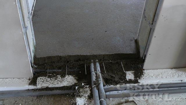 Dřevostavba na vlastní kůži 49. díl - betonování podlah