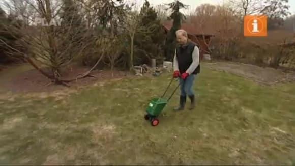 Ošetření trávníku