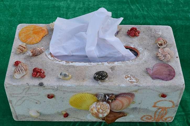 Mušličková krabička na papírové kapesníčky