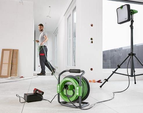 Inovativní prodlužovací kabely na bubnech pro práci s elektrickým nářadím