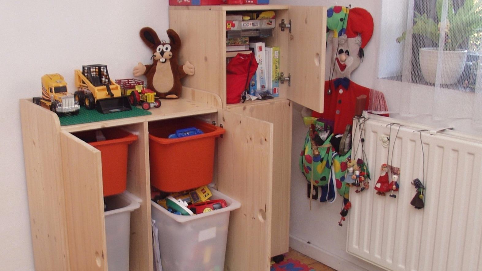 Skříňka na hračky do malého bytu: Vánoční dárek (nejen) pro děti