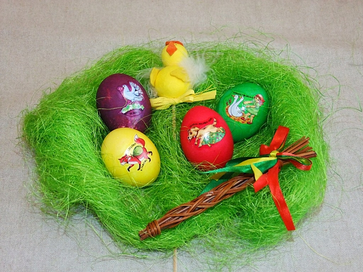 Tradiční říkadla ozdobí vajíčka pro malé koledníky