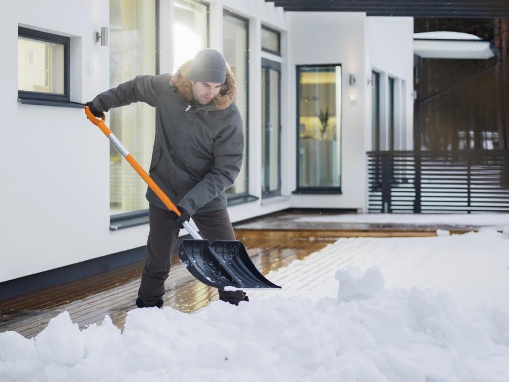 Nezničte si záda hned při první sněhové nadílce