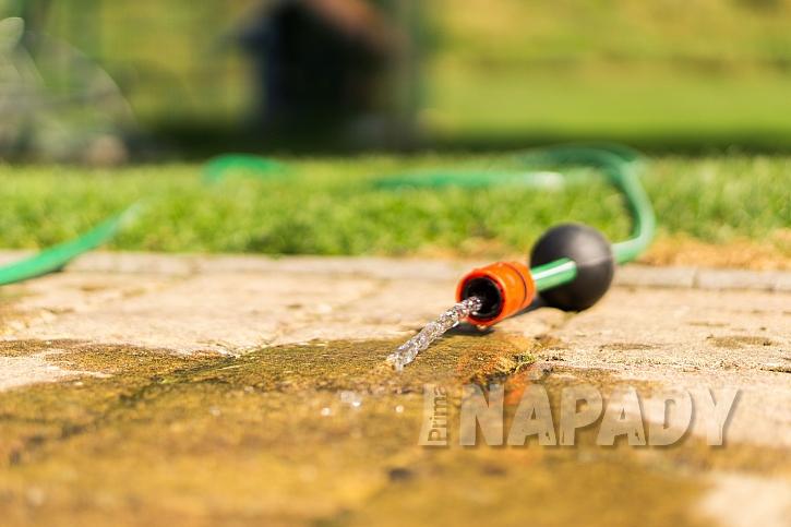 Zamezit plýtvání vodou je důležité (Zdroj: HECHT)