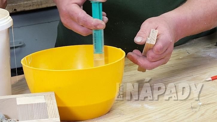 Jak vyrobit plastickou ozdobu: připravíme si lukoprenovou směs