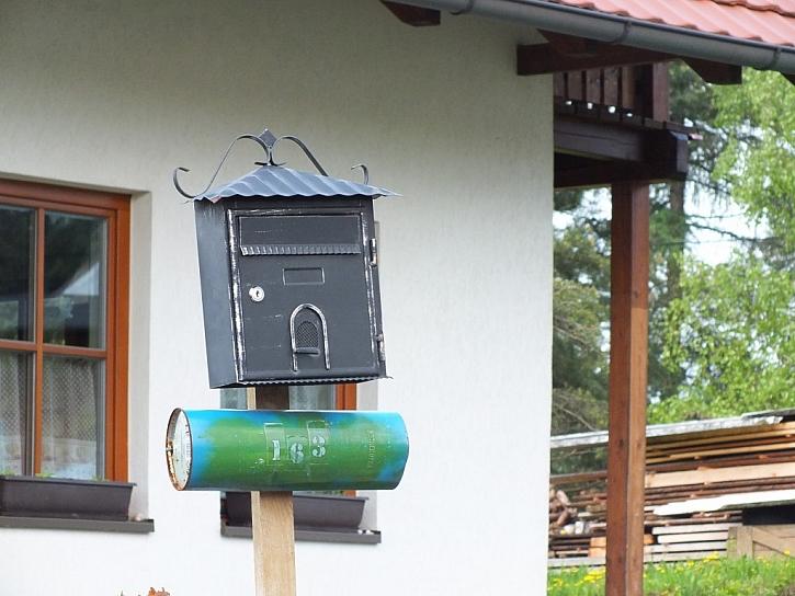 Antikutil - trochu originální poštovní schránky