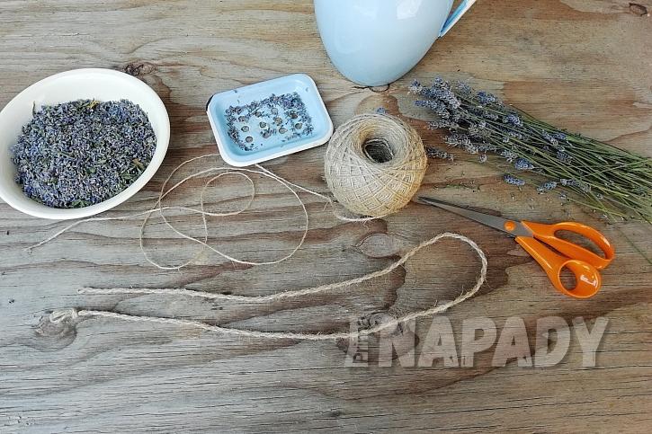 Mýdlová koule s levandulí: připravte si provázek