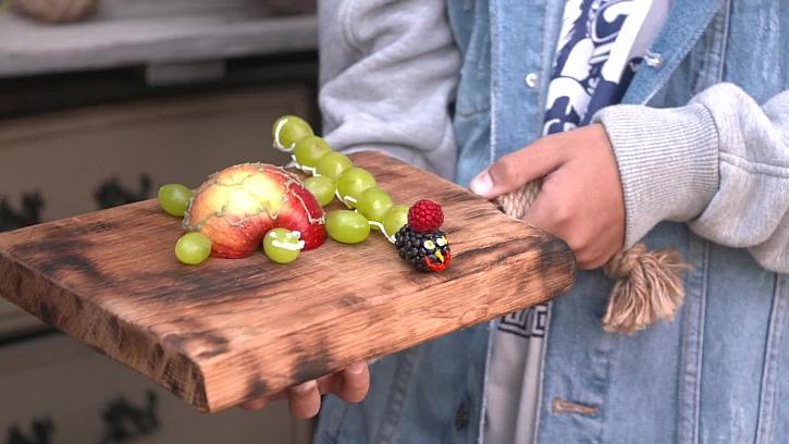 Ovoce na prkýnku