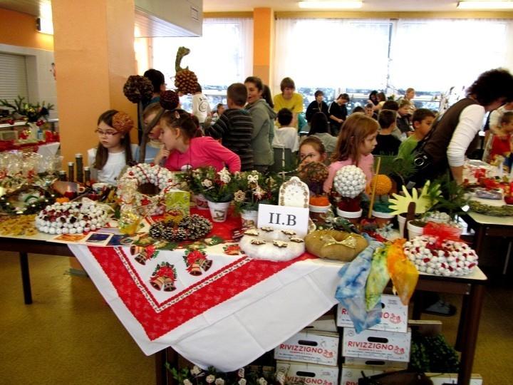 Vánoční dílny a jarmark na ZŠ a MŠ Šromotovo se opět blíží!