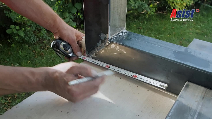 Měření délky metrem