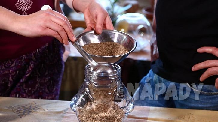 Jak si doma připravit kapičky z ostropestřce mariánského: Výborný přírodní detoxikant a antioxidant 1