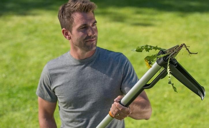 Vyhrajte vytrhávač plevele Fiskars