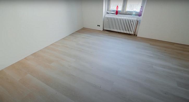 Fachmani – 27. díl ukáže, jak se pokládá podlaha a obložky (Zdroj: Prima DOMA)