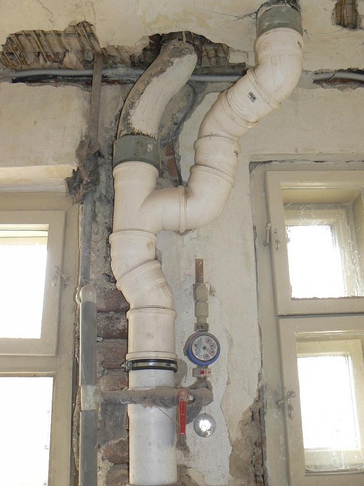 Nevhodné kanalizační potrubí