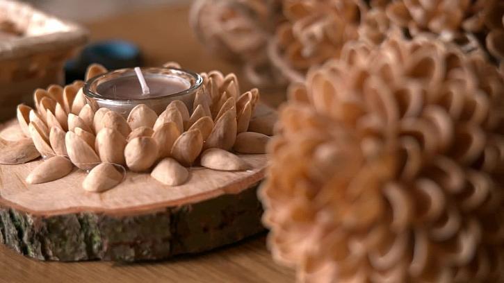 Výroba kytiček z pistáciových slupek