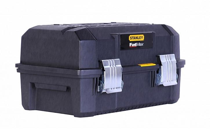 Vodě a prachu odolný box na nářadí Stanley