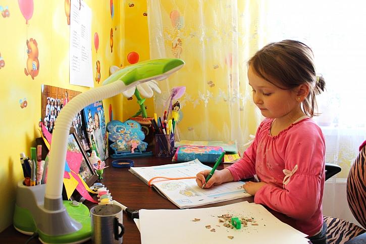 První školní týden za námi, děti již dostávají první úkoly (Zdroj: Depositphotos)