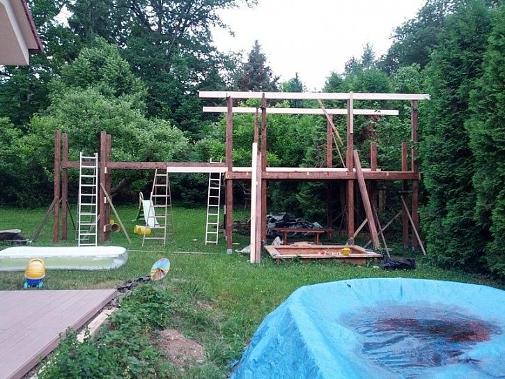 Dětský domeček na zahradu