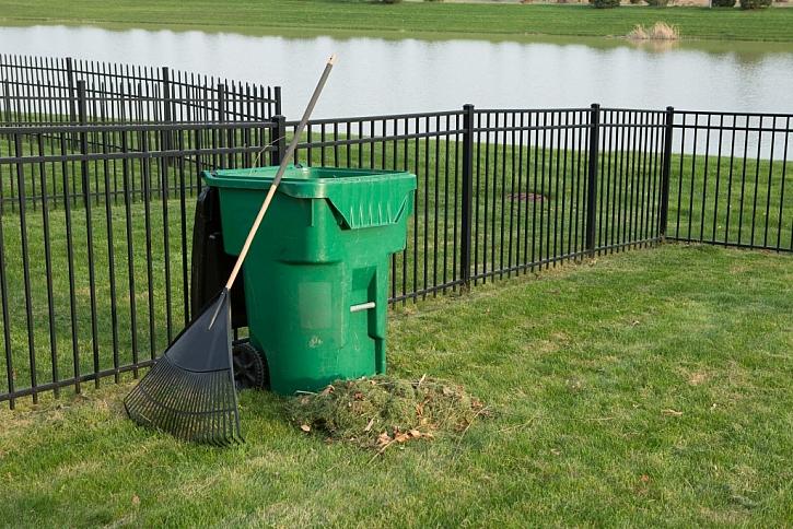 Dobře vybudovaný kovový plot vám může dlouho sloužit bez další údržby